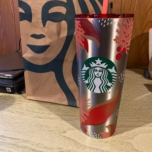 Vent Starbucks holiday cup